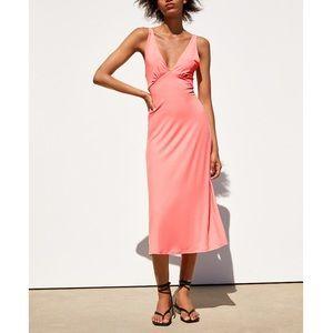 ⭐️ NWT ZARA Flowy Dress ⭐️